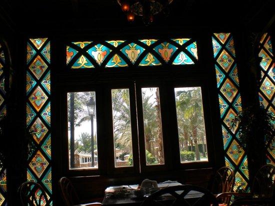 Siva Grand Beach Hotel: Lovely window