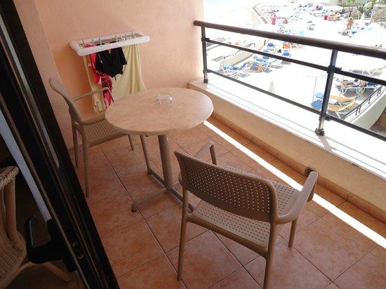 Iberostar Playa Gaviotas: neue Terrassenmöbel