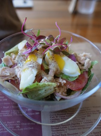 Salt Water Cafe : Nice Salad