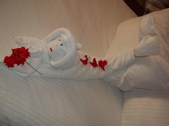 Sunscape Sabor Cozumel: mermaid towel