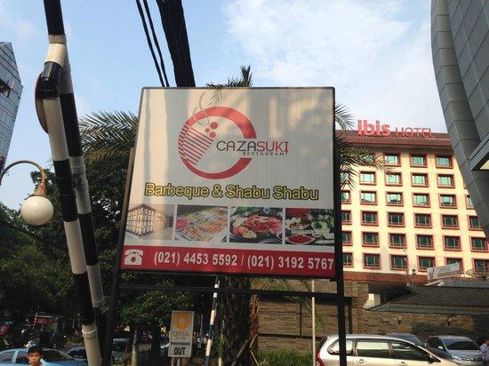Oria Hotel: Right in JL Wahid Hasyim