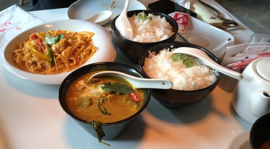 Ubon: Jasmine rice, carry beef and punk carry noddles..
