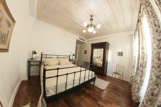 Villa Pera Suite Hotel: Deluxe Suite