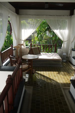 Nakamanda Resort & Spa: Front Porch