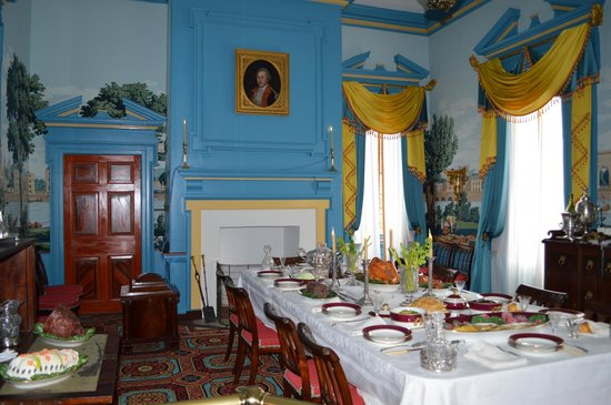 Hampton National Historic Site: The Dining Room painted in Federal Blue