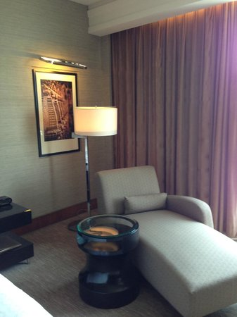 Sheraton Grand Bangalore Hotel at Brigade Gateway: Room Comfi Chair.. With Mood lightings