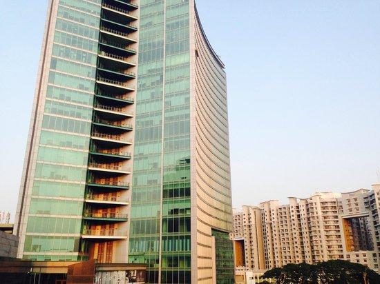 Sheraton Grand Bangalore Hotel at Brigade Gateway: World Trade Center