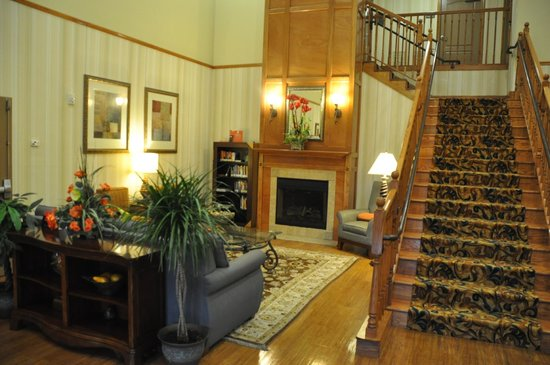 Country Inn & Suites by Radisson, Pineville, LA : Lobby