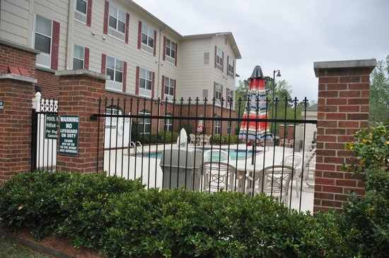 Country Inn & Suites by Radisson, Pineville, LA: Pool Area