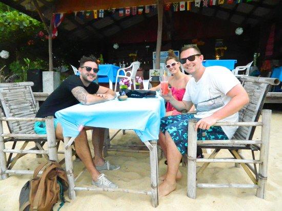 ZENZIBAR Beach Bar & Restaurant: coconut shake!