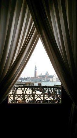 Hotel Savoia & Jolanda : Aan de overzijde ligt de San Giorgio