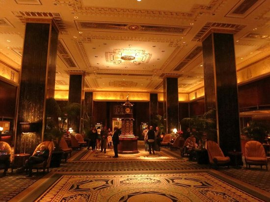 The Towers of the Waldorf Astoria: Waldorf Astoria Main Lobby