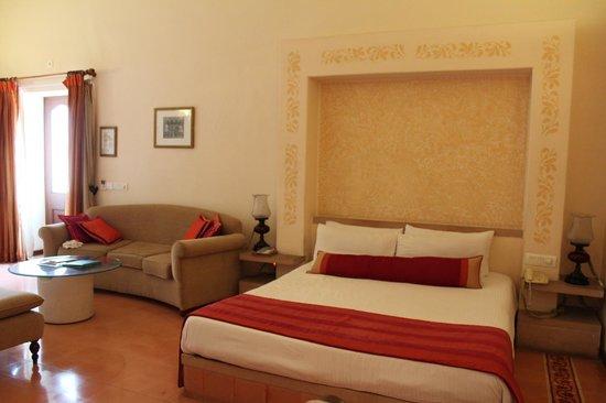 Taj Usha Kiran Palace, Gwalior : Usha Kiran Palace:BedroomUsha Kiran Palace: