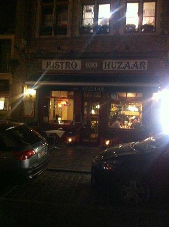 Bistro Den Huzaar : Façade du restaurant
