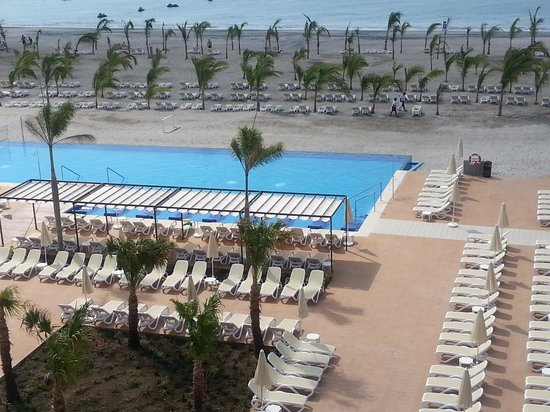 Hotel Riu Playa Blanca: another view