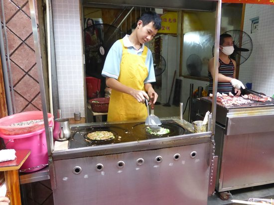 Millennium Harbourview Hotel Xiamen : Oyster Pancakes