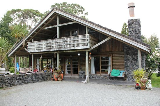 New River Bluegums Bed & Breakfast Homestay: Front of B&B