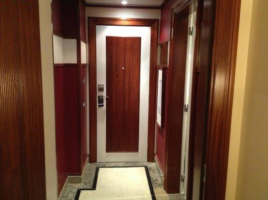 Grande Real Villa Italia Hotel & Spa: Hall da suite
