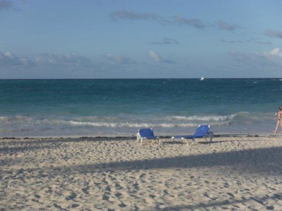 Bavaro Princess All Suites Resort, Spa & Casino : the Amazing Beach