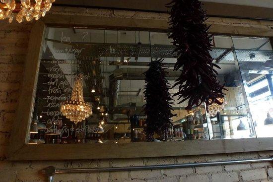 Bill's Leamington Spa: mirror