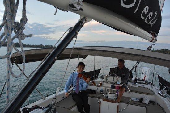 Key Sailing : Key Breeze helm