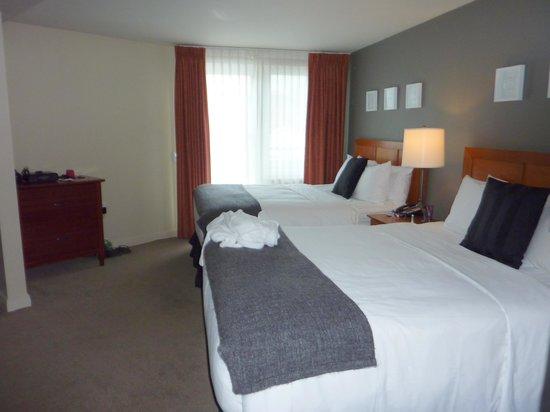 Summit Lodge Boutique Hotel: bedroom -exec queen