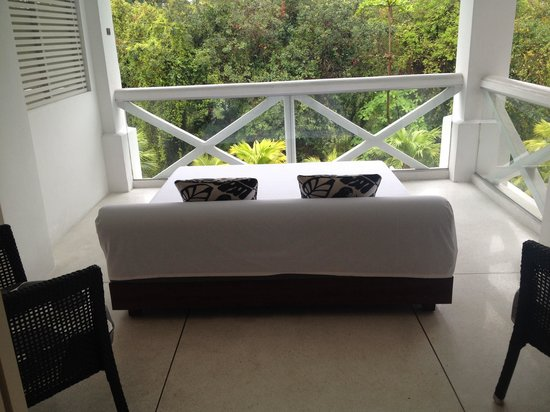 Amara Sanctuary Resort Sentosa : Balcony