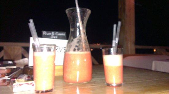 Caribbean Bar : 1 Liter konnten nur zu zweit vernichtet werden :D