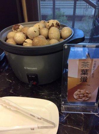 Kindness Hotel Qixian: free herbal eggs snacks