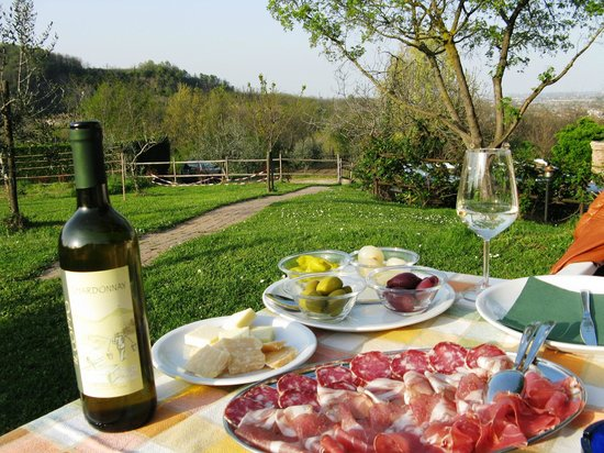 Hotel Eliseo Terme: Ужин на холмах по совету персонала отеля. Великолепно