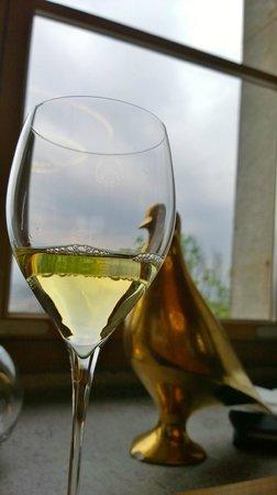 Restavracija Strelec: Wein mit Blick auf Ljubljana