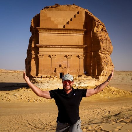 Madain Saleh Tombs : My Saleh tomb stone