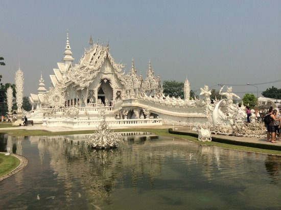 Mai Siam Resort : temple blanc