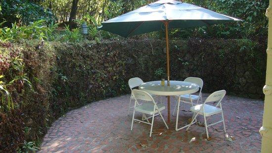 Park Eden Bed & Beakfast: le salon de jardin