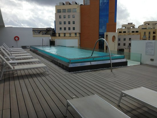 Hotel Valentina: piscine