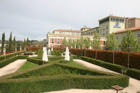 Eurostars Palacio Buenavista: Gardens