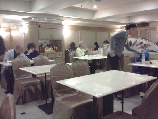 KDM Hotel : Breakfast