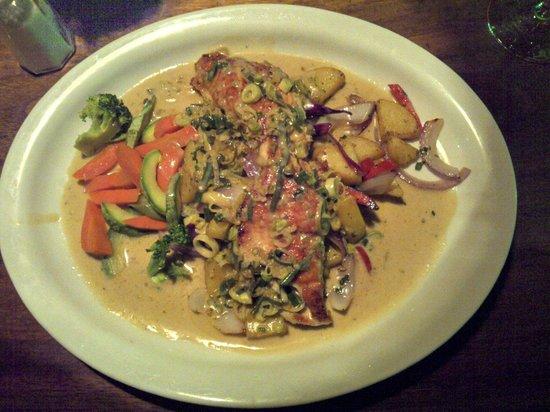 Tree House Restaurante & Cafe : Pollo Del Chef