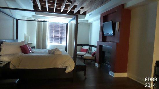 Sterling Inn & Spa : Room 201 (only steam shower)