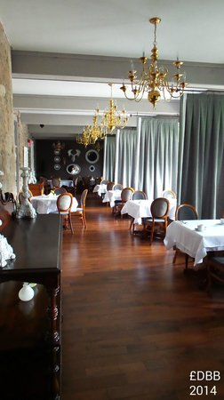 Old Stone Inn Boutique Hotel : dining room