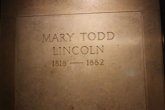 Mary Todd Lincoln Tombstone Picture Of Lincoln Tomb