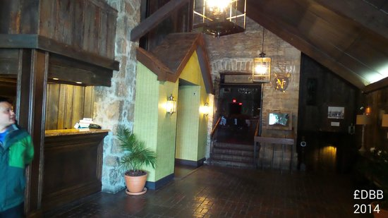 Old Stone Inn Boutique Hotel: lobby