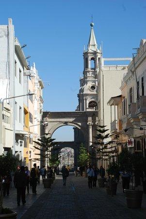 Centro Histórico de Arequipa: Tree lined streets