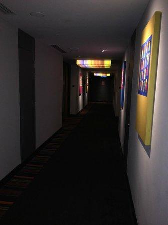 Aloft Kuala Lumpur Sentral: Hallway