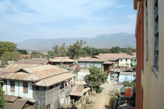 Hupin Hotel Nyaung Shwe: View from the room