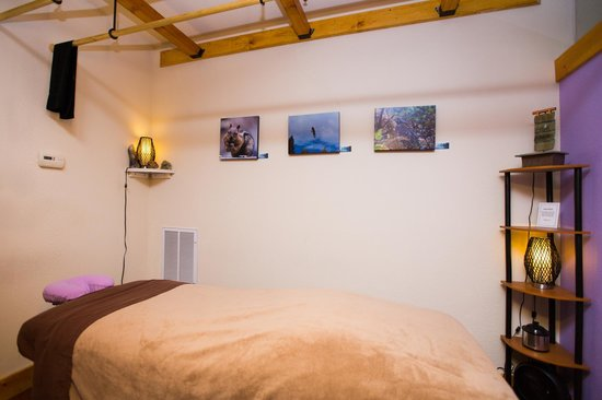 North Lake Massage & Skin Care: Ashiatsu Massage Room