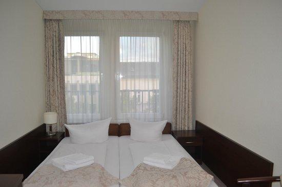 Upper Room Hotel: Номер 2-х местный