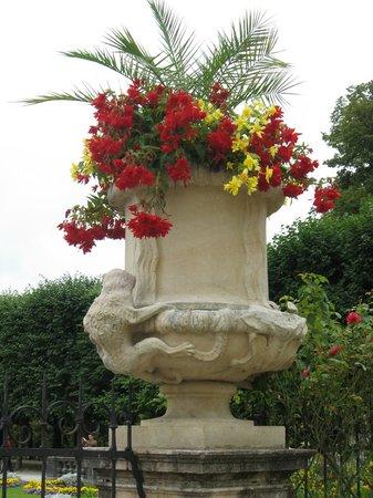 Schloss Mirabell und Gärten: Парк Мирабель