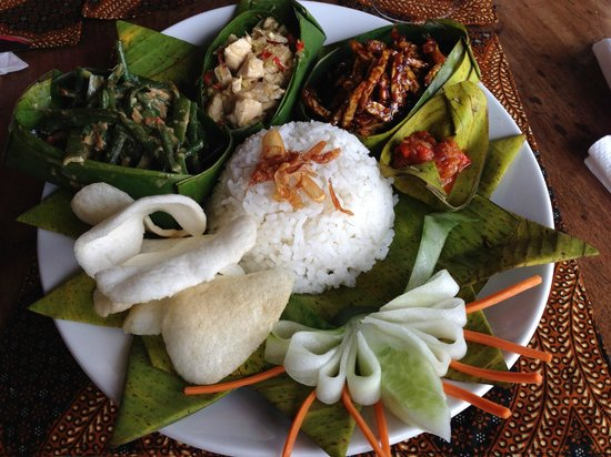 Bali Mountain Retreat: Rice plate