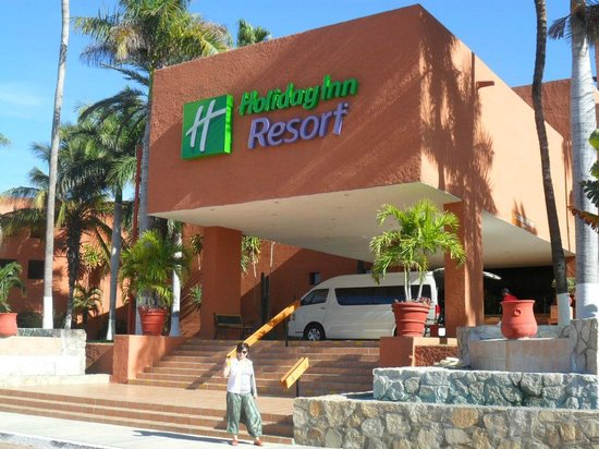 Holiday Inn Resort Los Cabos All-Inclusive: Entrada del hotel